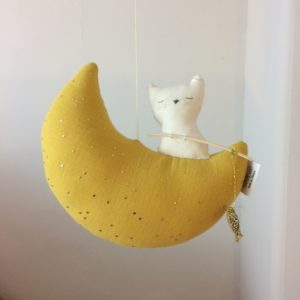anatole-chat-lune-mobile-decoartion-chambre-enfant-fabrication-francaise-artisanat-scalae-lesptitsbobos