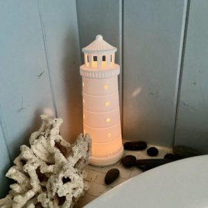photophore-phare-allumé-ceramique-porcelaine-blanche-decoration-interieure-rader-lesptitsbobos