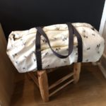 sac-polochon-sangles-voyage-weekend-blanc-canvas-imprimé-bambi-rose-in-april-lesptitsbobos
