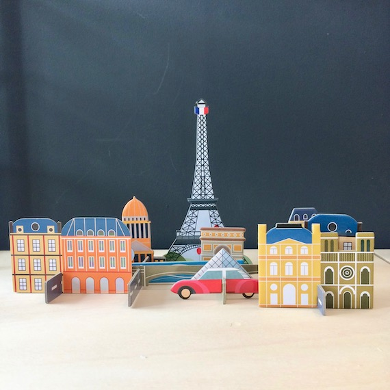 ville-paris-pop-up-carton-recycle-jeu-creatif-studioroof-les-ptits-bobos